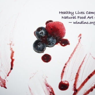 HLC NFAC White Berry Plate